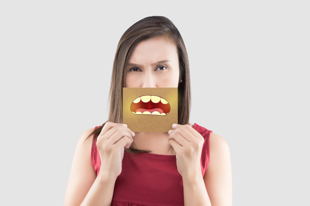 Causes of Yellow Teeth